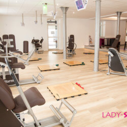 lady-sports-2017-19