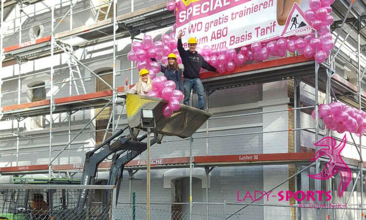 Endspurt der Vorbereitung zur Baustellenparty im Lady-Sports am Sonntag, den 25.10.2015